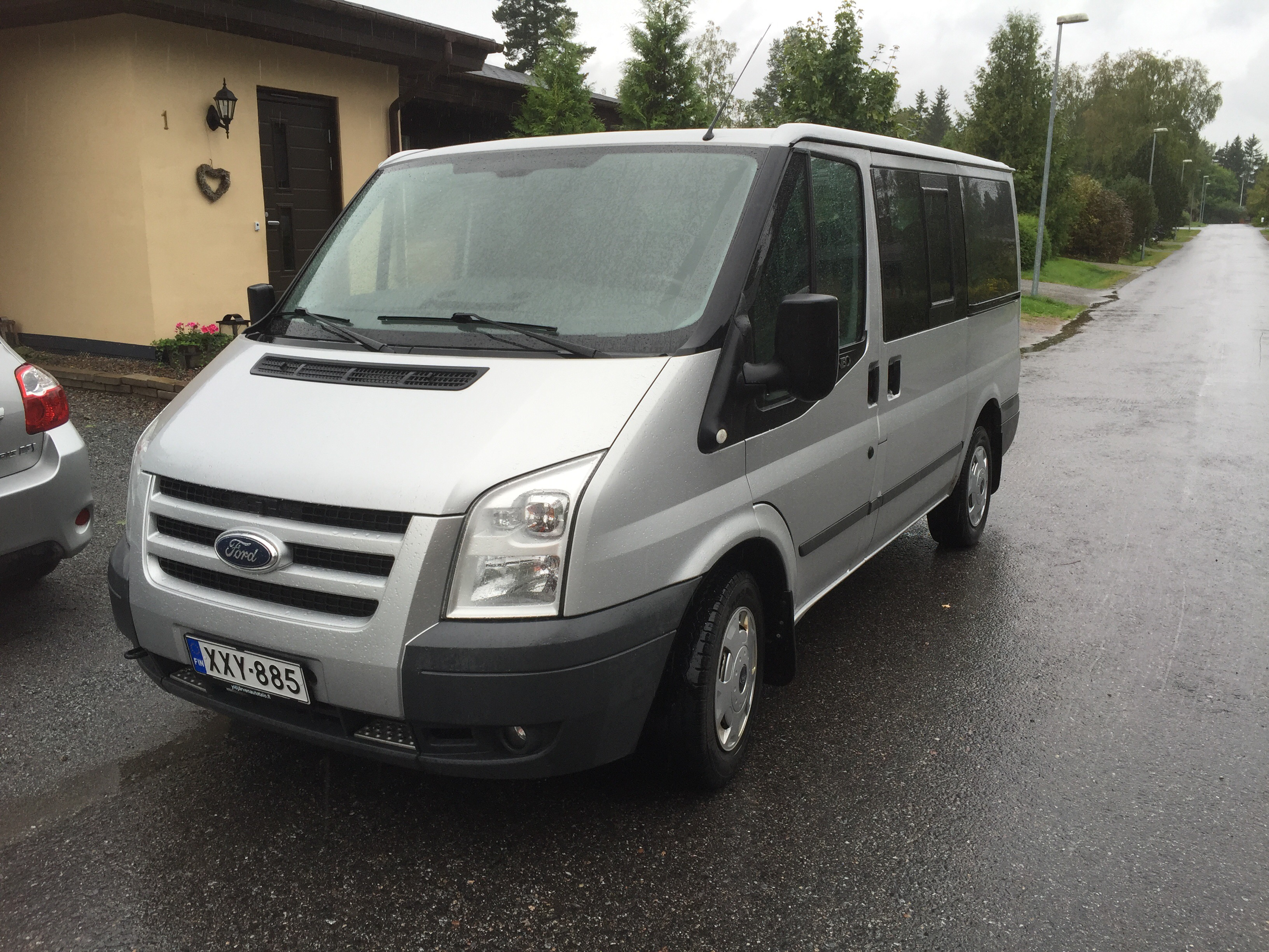 Lisää minibusseja vuokraukseen tuttuun edulliseen hintaan 99€/pv – HUOM! urheiluseuroille -20% alennus